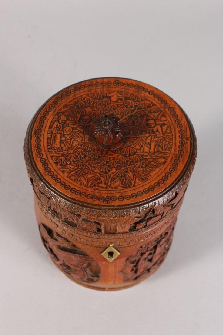 A CHINESE CARVED CIRCULAR BAMBOO BOX AND COVER, carved - 3