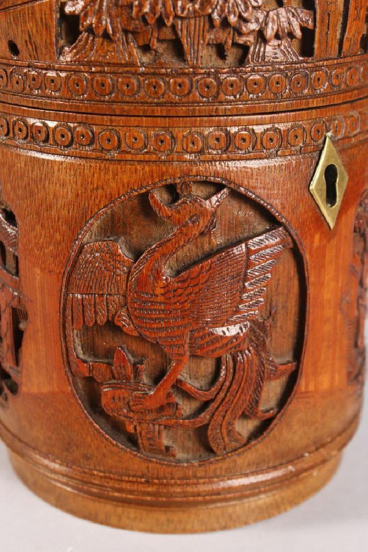A CHINESE CARVED CIRCULAR BAMBOO BOX AND COVER, carved - 5