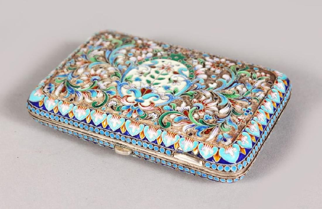 A GOOD RUSSIAN SILVER AND ENAMEL CIGARETTE CASE.