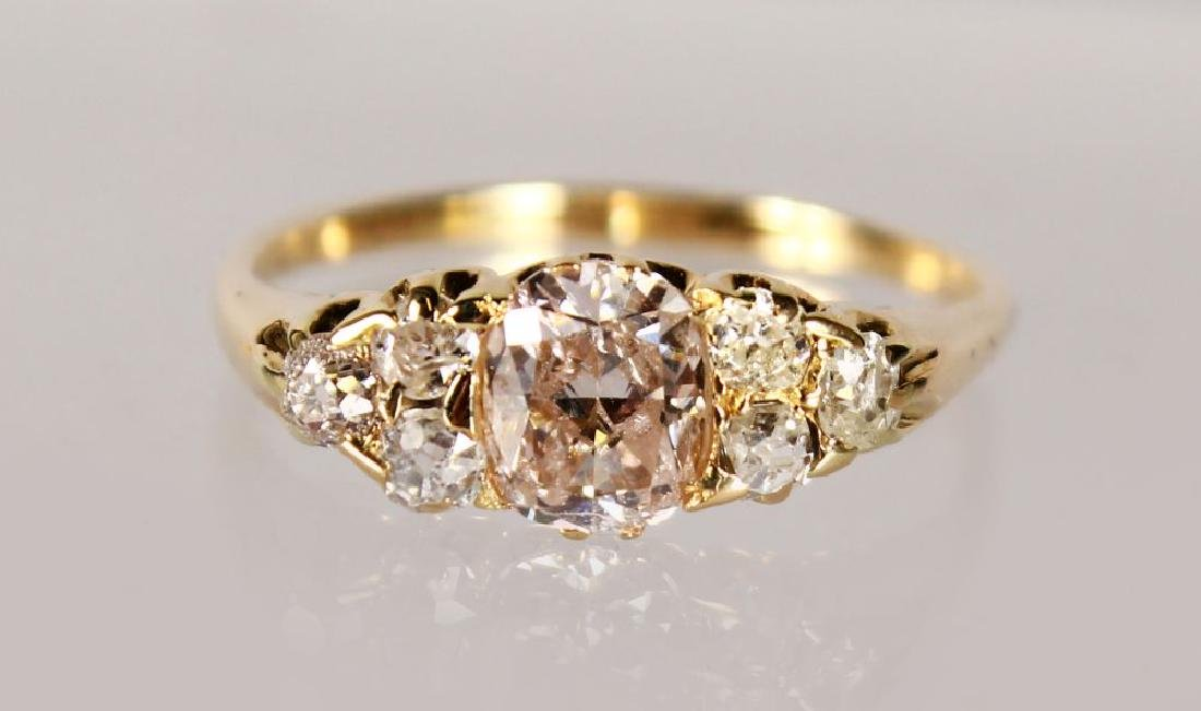 AN 18CT YELLOW GOLD SEVEN STONE DIAMOND RING, 2CTS.