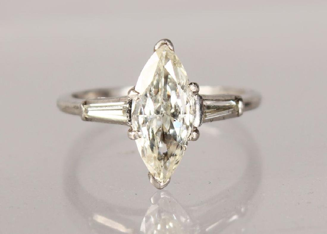 A PLATINUM SET MARQUISE DIAMOND RING OF 1.5CTS, Colour