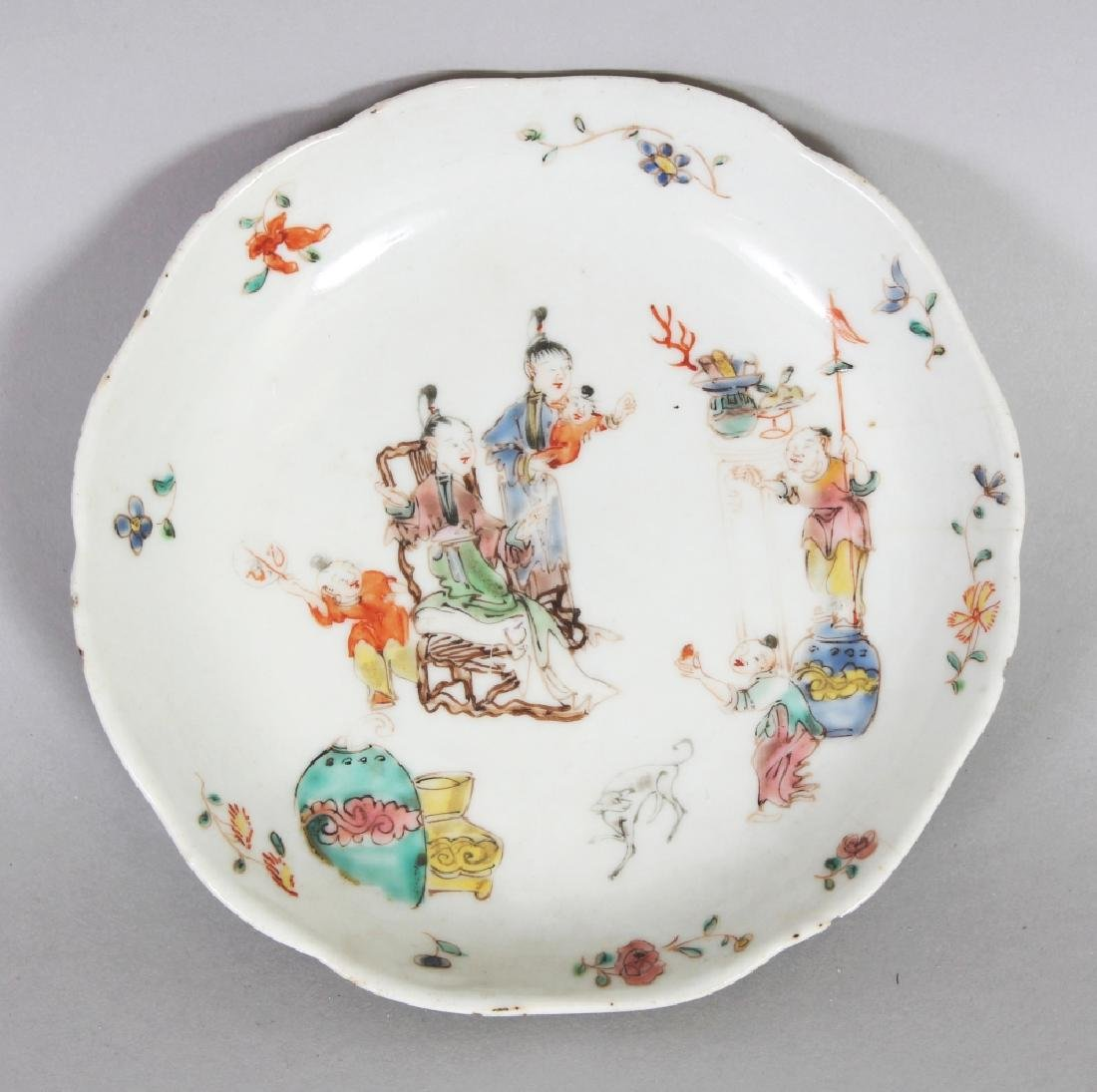 A GOOD QUALITY 18TH CENTURY CHINESE QIANLONG PERIOD