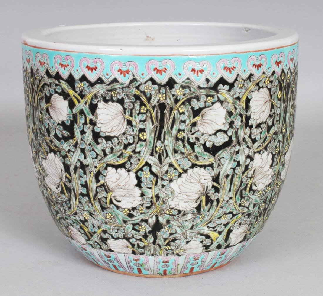 AN EARLY 20TH CENTURY CHINESE ART NOUVEAU STYLE