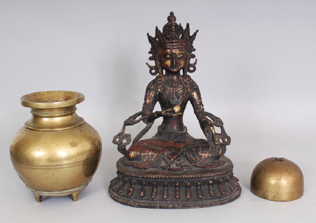 A CHINESE LACQUERED BRONZE FIGURE OF AMITAYUS BUDDHA,