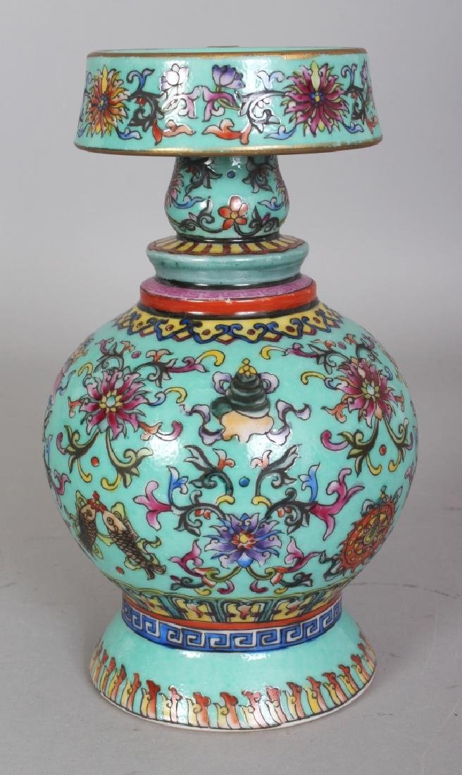 A CHINESE TIBETAN MARKET TURQUOISE GROUND FAMILLE ROSE - 4