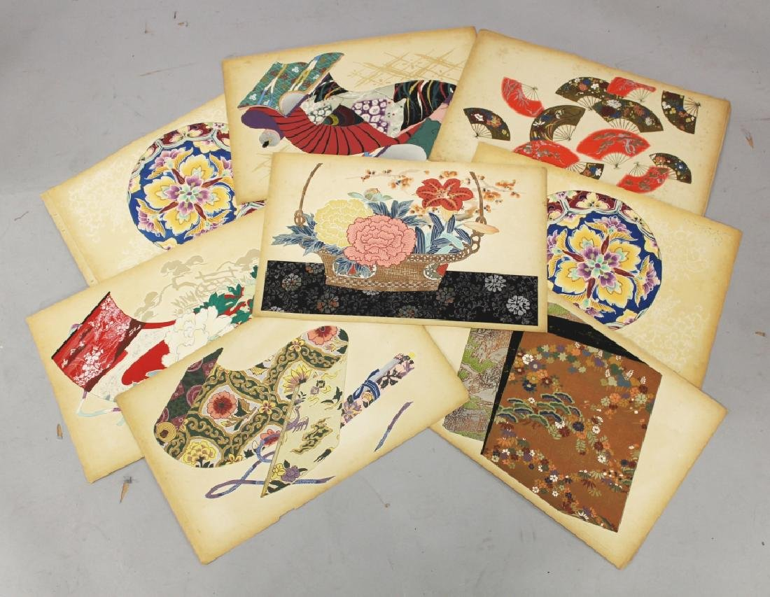 A GROUP OF TEN EARLY 20TH CENTURY JAPANESE KIMONO