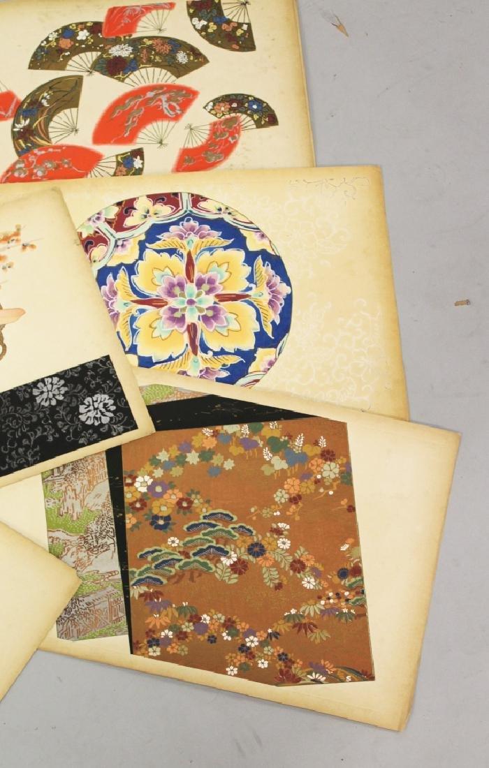 A GROUP OF TEN EARLY 20TH CENTURY JAPANESE KIMONO - 4