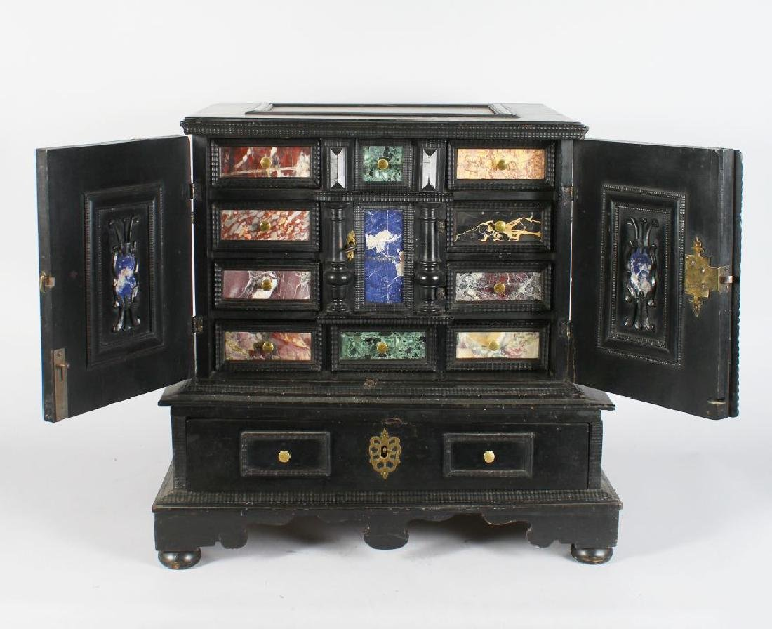 A GOOD 17TH/18TH CENTURY SPANISH EBONISED VARGUENO,