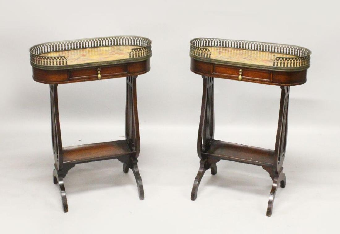 A PAIR OF 20TH CENTURY MAHOGANY SIDE TABLES, with brass