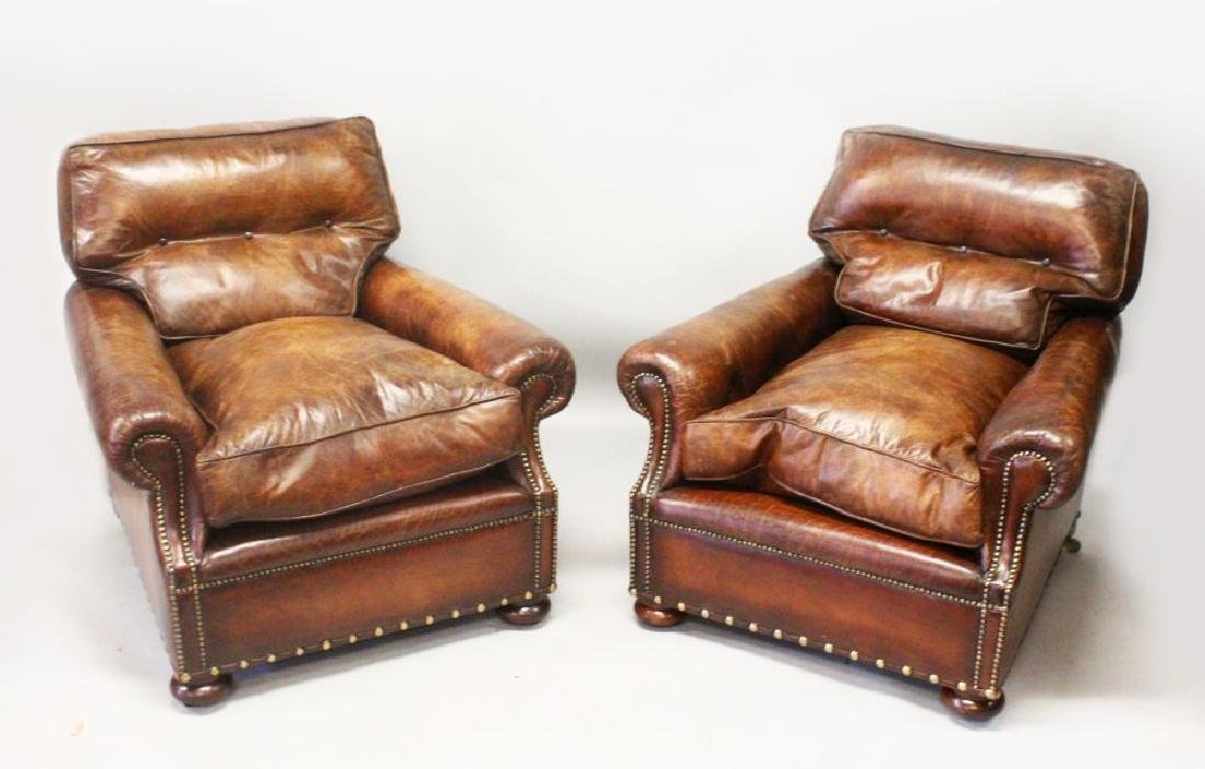 A GOOD PAIR OF BROWN LEATHER CLUB ARMCHAIRS, with