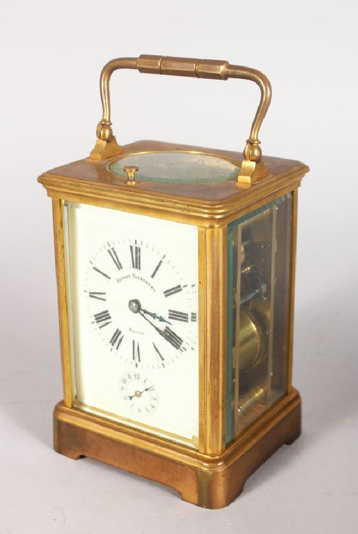 A GOOD FRENCH BRASS CARRIAGE CLOCK, striking on a gong,