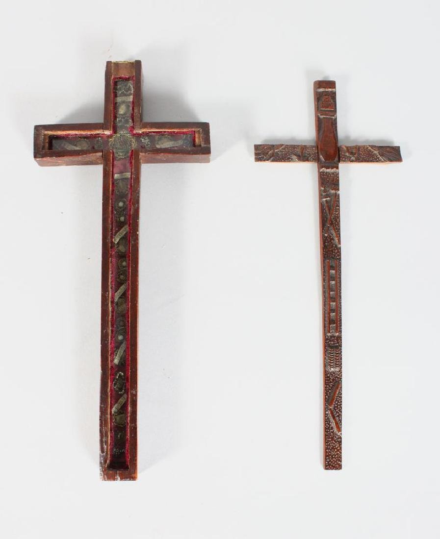 AN EARLY CARVED WOOD CRUCIFIX, POSSIBLY 17TH CENTURY,