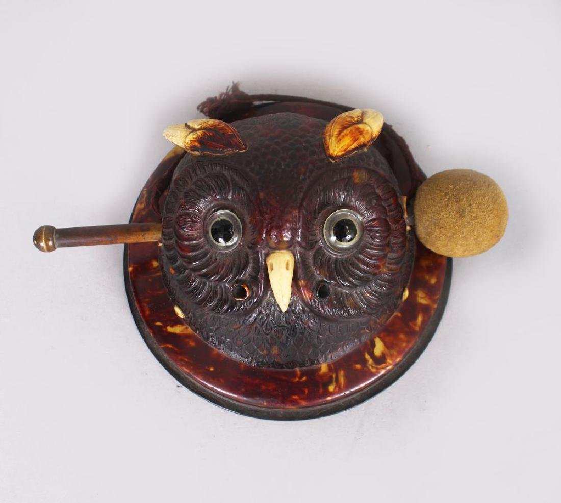 A VERY UNUSUAL SMALL OWL CIRCULAR GONG with hammer.