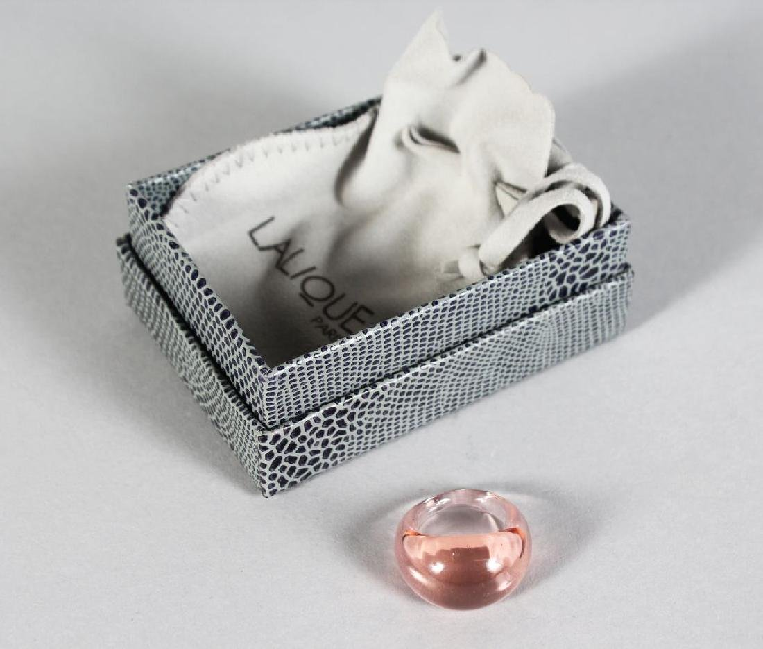 A LALIQUE GLASS RING, in a Lalique box