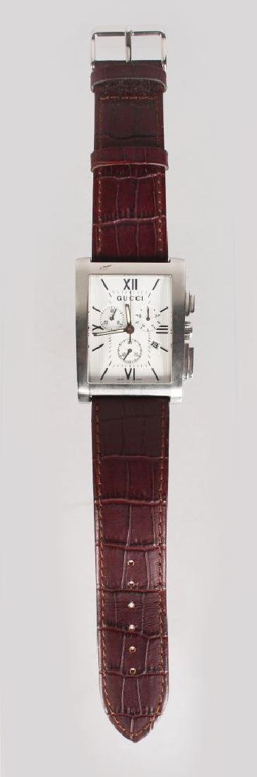 A GUCCI STAINLESS STEEL WRIST WATCH No: 11166398, with - 2