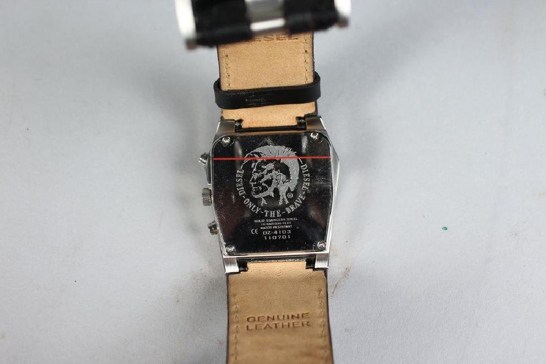 DIESEL, metal watch with leather strap in white box - 3