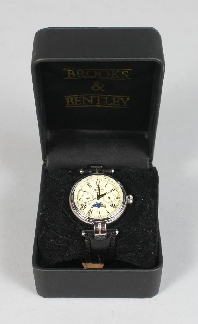 BROOKS & BENTLEY, with leather strap and original box