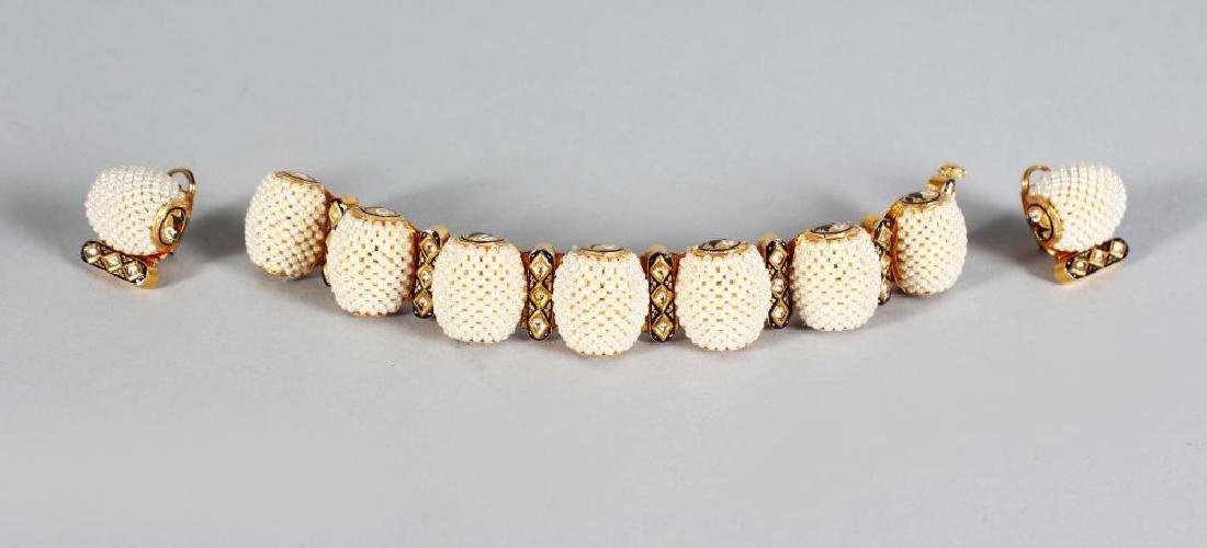 A SUBERB SET OF 18ct GOLD SEED PEARL AND ENAMEL