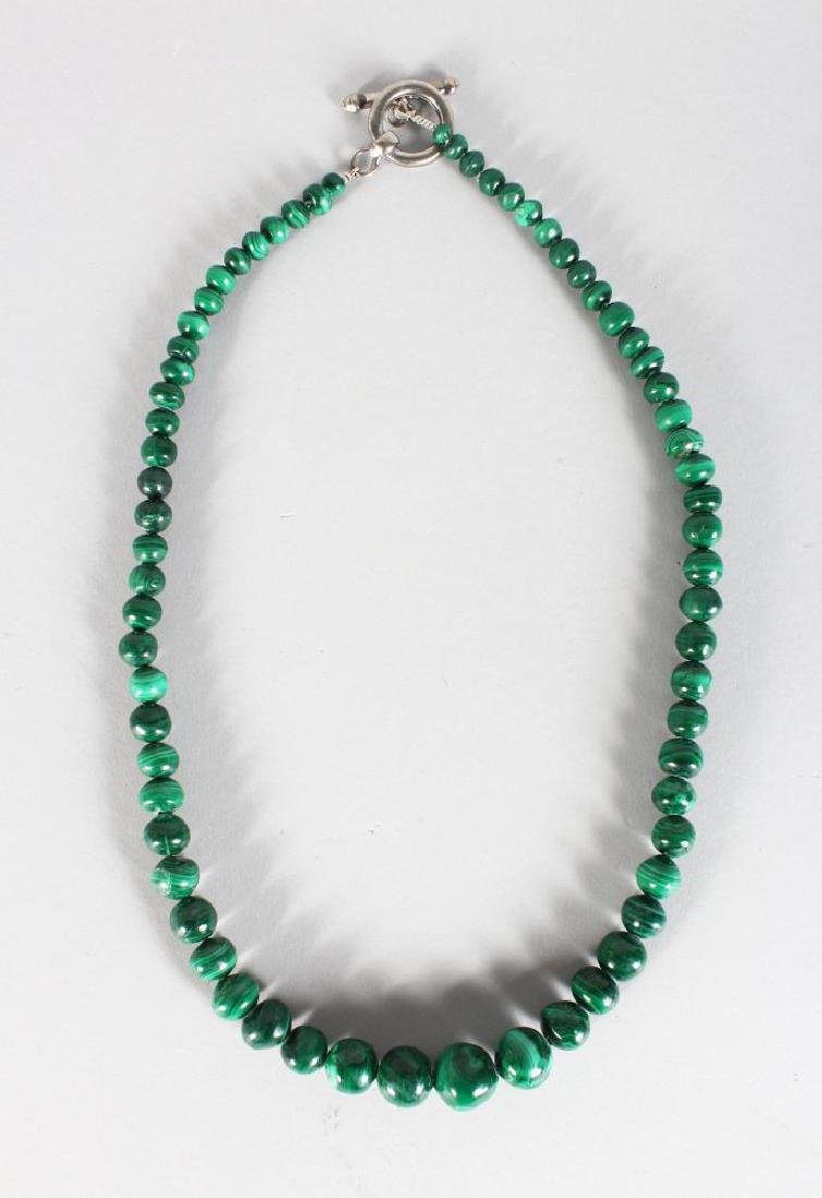 A MALACHITE NECKLACE
