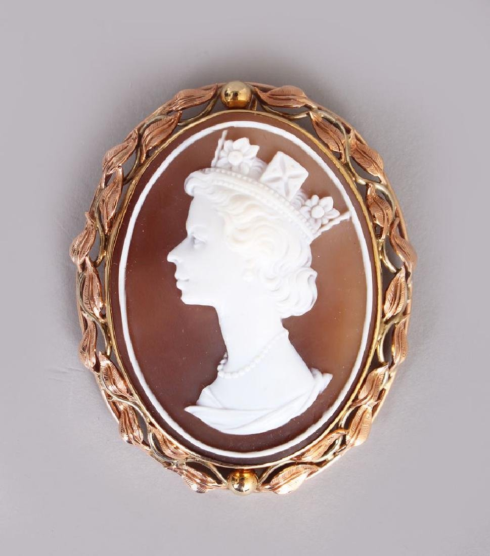 A GOLD MOUNTED CAMEO BROOCH, the cameo of a young