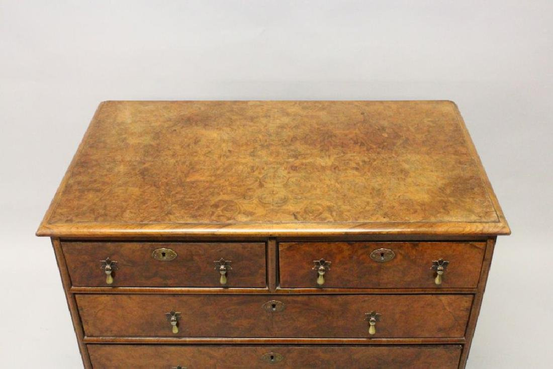 AN 18TH CENTURY WALNUT CHEST OF DRAWERS, with quarter - 5
