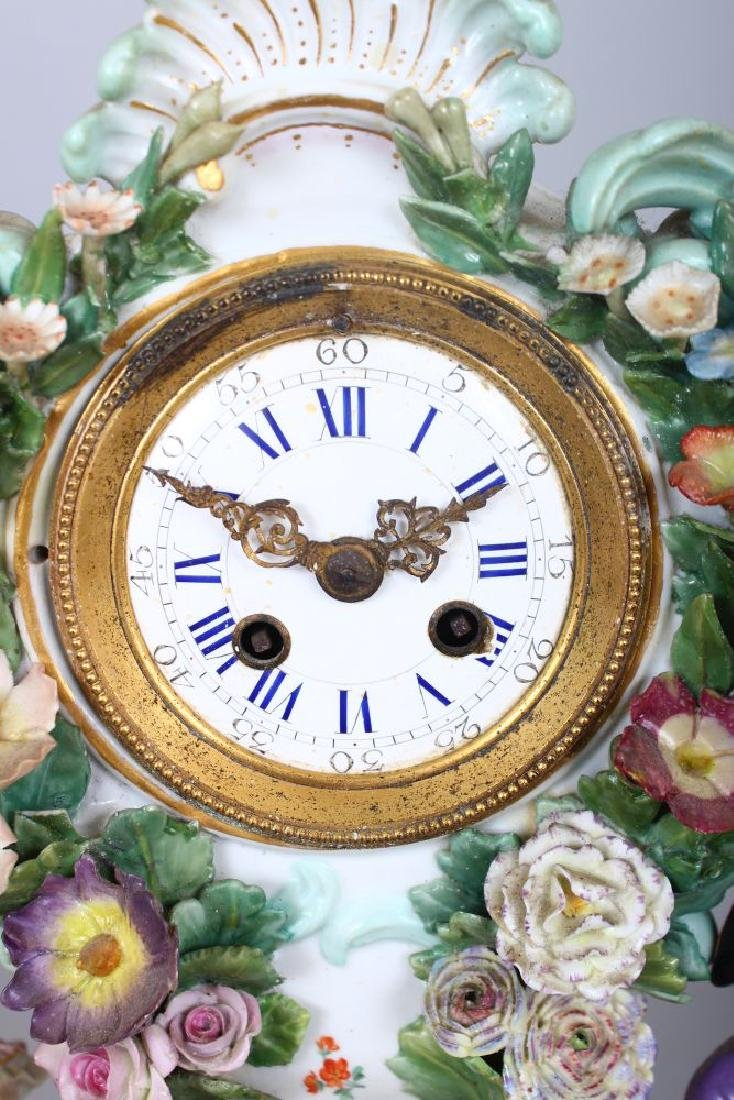 A VERY GOOD 19TH CENTURY MEISSEN PORCELAIN CLOCK, with - 3