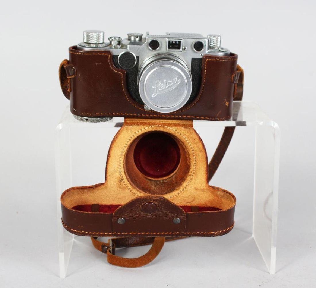 A LEICA CAMERA D.R.P. (ERNST LEITZ), No. 441534, from