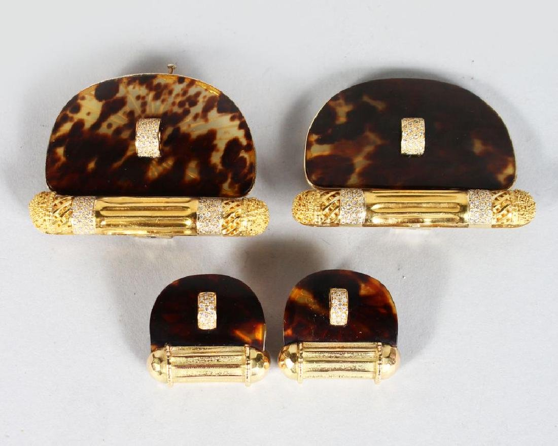 A GOOD PAIR OF DAMINI ASOLO 18CT GOLD TORTOISESHELL AND