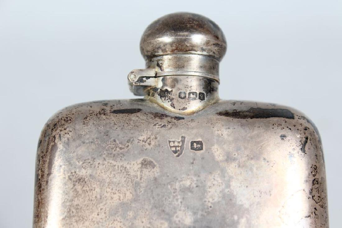 A WHISKY FLASK.  Sheffield 1933.  Makers: G. & J. WH. - 2