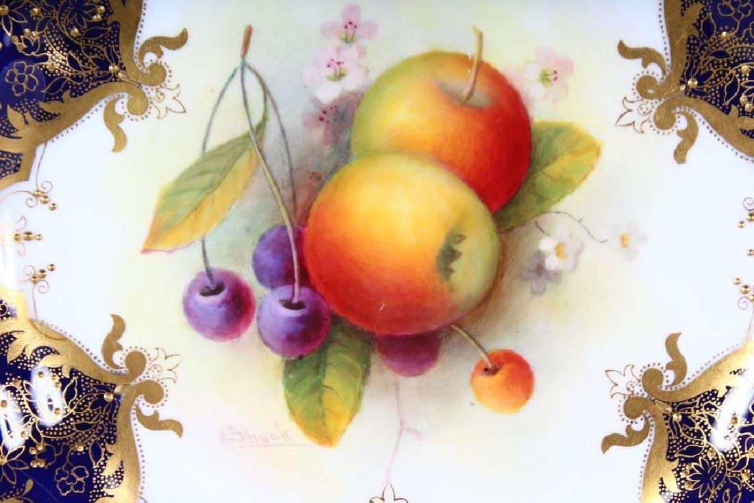 A ROYAL WORCESTER GOOD PLATE painted fruit under a - 2