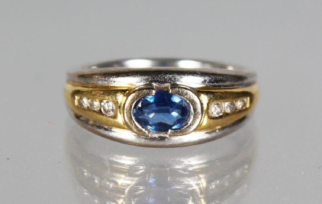 A GOOD 18CT GOLD, DIAMOND AND SAPPHIRE RING.