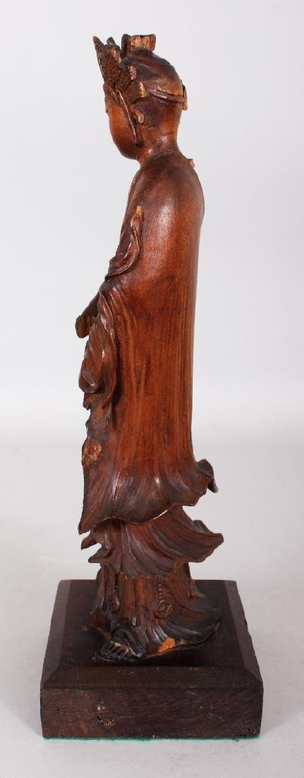 A GOOD QUALITY 18TH/19TH CENTURY CARVED WOOD FIGURE OF - 4