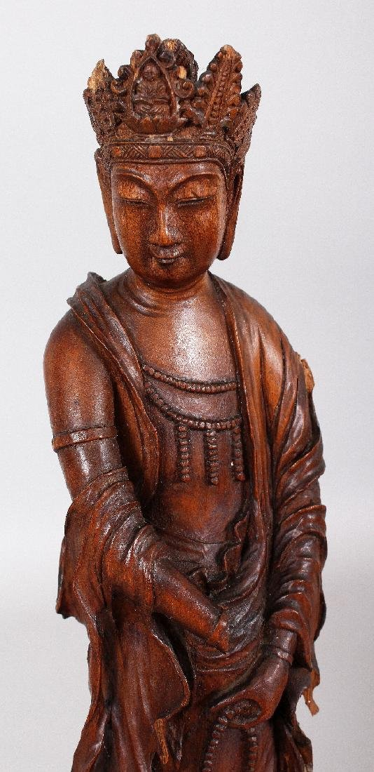 A GOOD QUALITY 18TH/19TH CENTURY CARVED WOOD FIGURE OF - 5