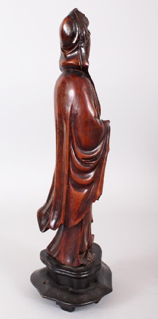 A 19TH CENTURY CHINESE CARVED WOOD FIGURE OF GUANYIN, - 2