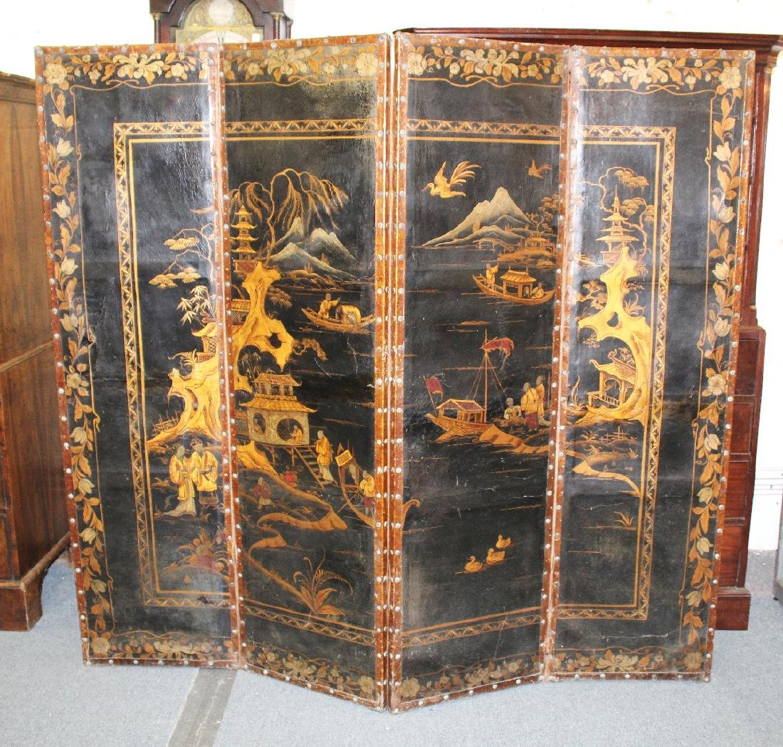 AN EARLY 20TH CENTURY CHINESE GILT DECORATED FOUR FOLD