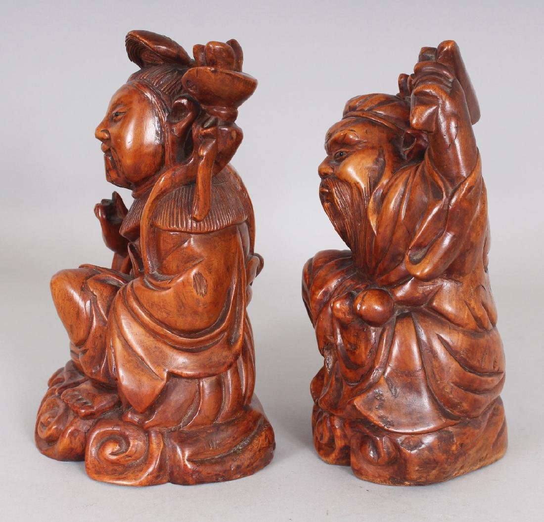 A PAIR OF GOOD QUALITY 19TH CENTURY CHINESE CARVED WOOD - 2