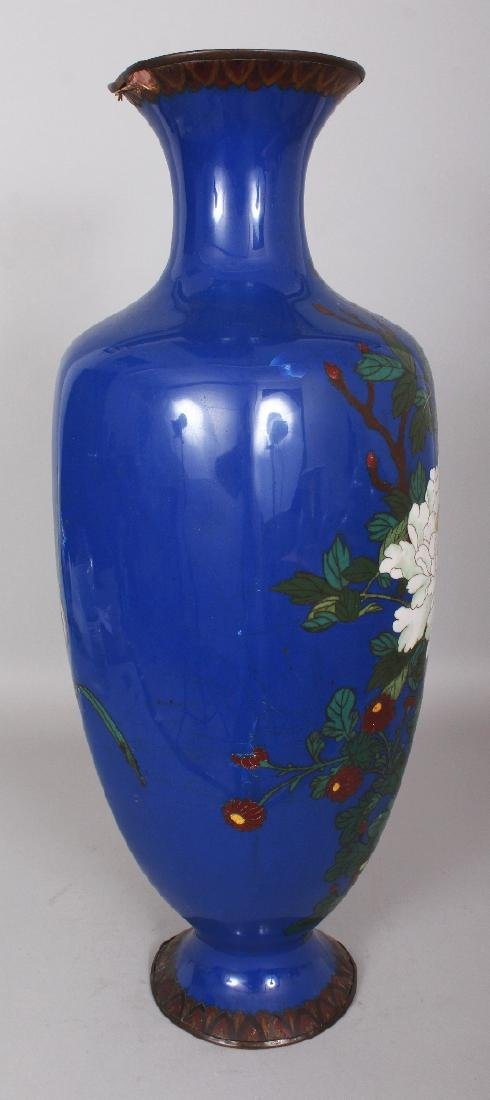A LARGE JAPANESE MEIJI PERIOD BLUE GROUND CLOISONNE - 2