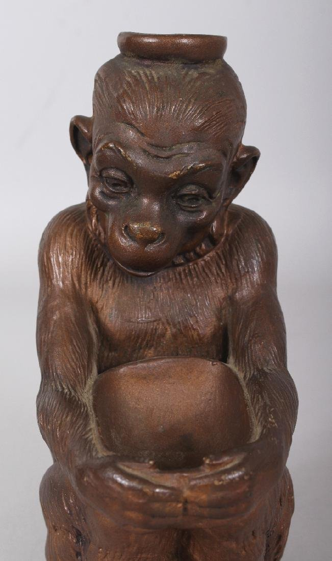 AN EARLY 20TH CENTURY JAPANESE BRONZED CERAMIC MODEL OF - 3
