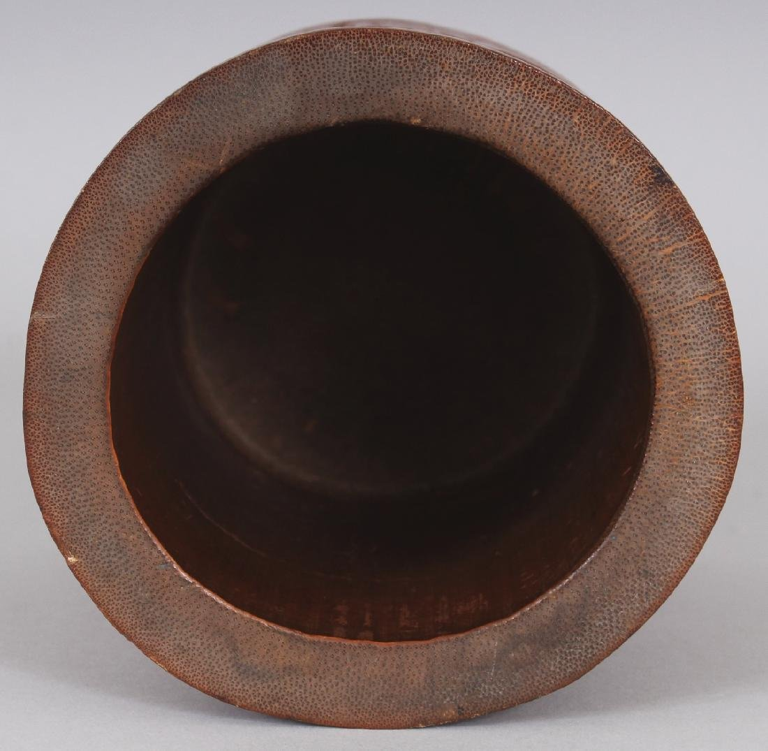 A SIGNED 19TH CENTURY CHINESE BAMBOO BRUSHPOT, carved - 7