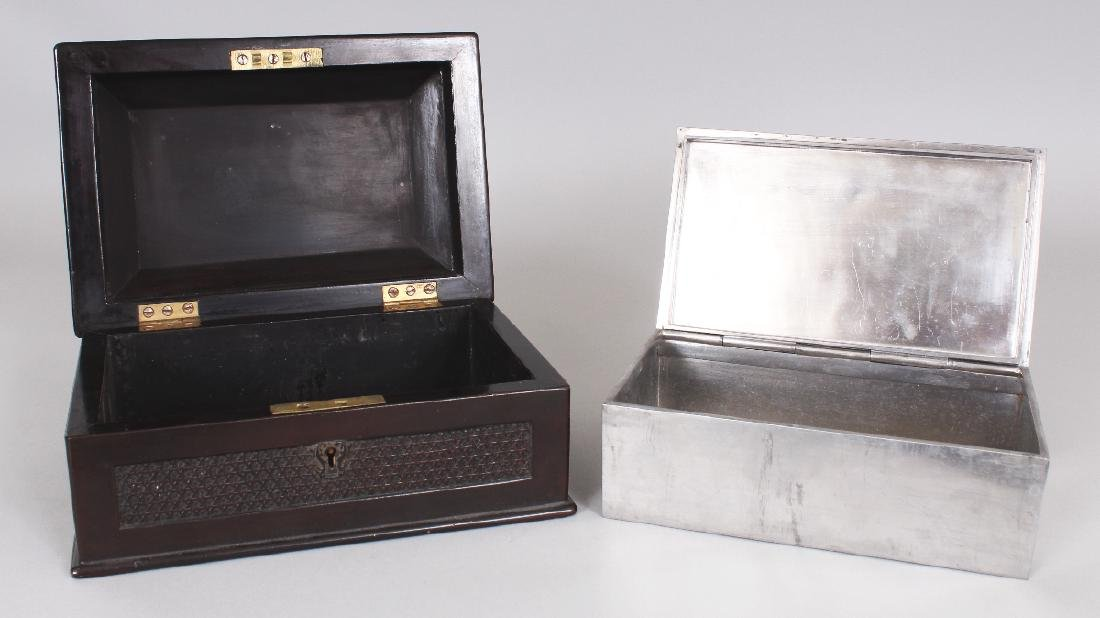 A GOOD QUALITY 19TH CENTURY CHINESE WOOD & PEWTER - 5