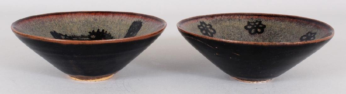 TWO CHINESE SONG STYLE JIZHOU CERAMIC BOWLS, one