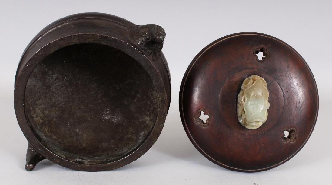 A CHINESE BRONZE CENSER, together with a wood cover - 5