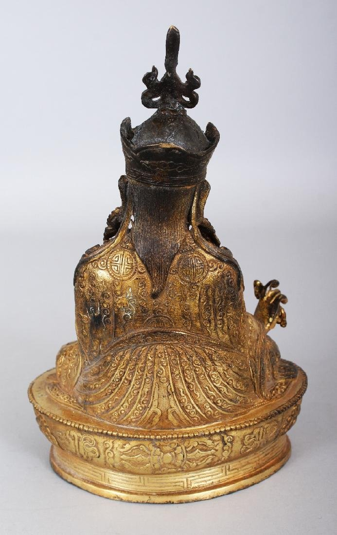 A SINO-TIBETAN GILT BRONZE FIGURE OF A KARMAPA, seated - 3