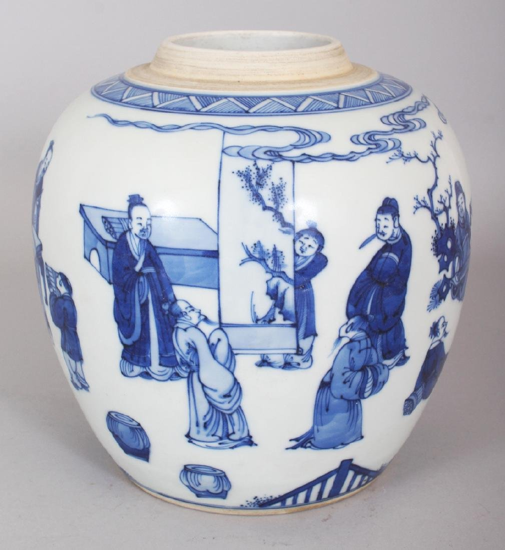 A CHINESE KANGXI STYLE BLUE & WHITE PORCELAIN JAR,