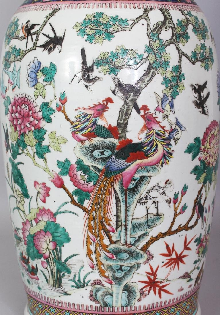 A LARGE 19TH CENTURY CHINESE FAMILLE VERTE PORCELAIN - 5