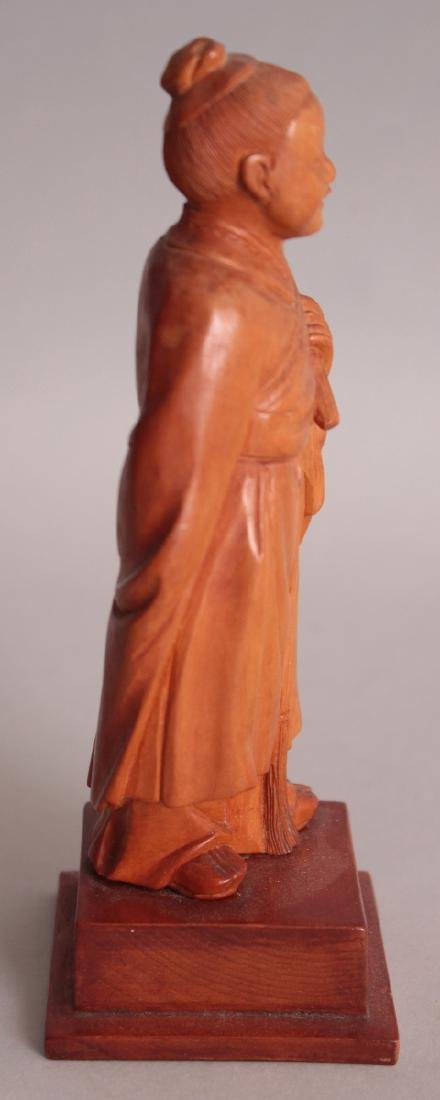 A GOOD QUALITY CHINESE COMMUNIST PERIOD CARVED WOOD - 2