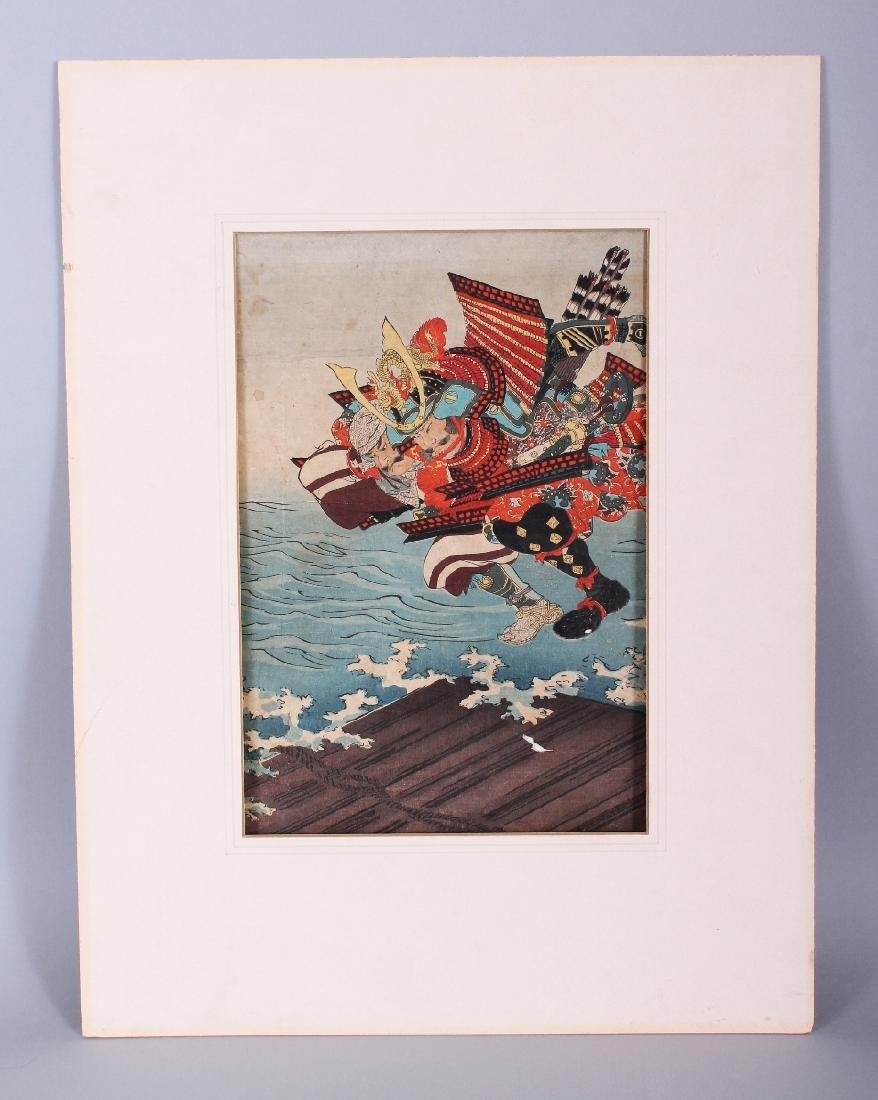 A MOUNTED 19TH CENTURY JAPANESE OBAN WOODBLOCK PRINT OF - 2