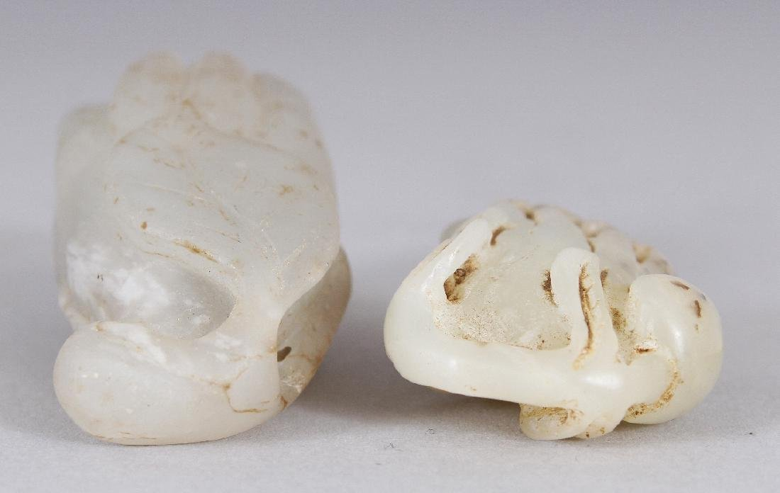 TWO SMALL CHINESE WHITE JADE LIKE MODELS OF FINGER - 4