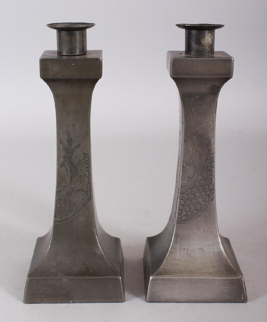 A PAIR OF EARLY 20TH CENTURY CHINESE ART DECO STYLE - 2