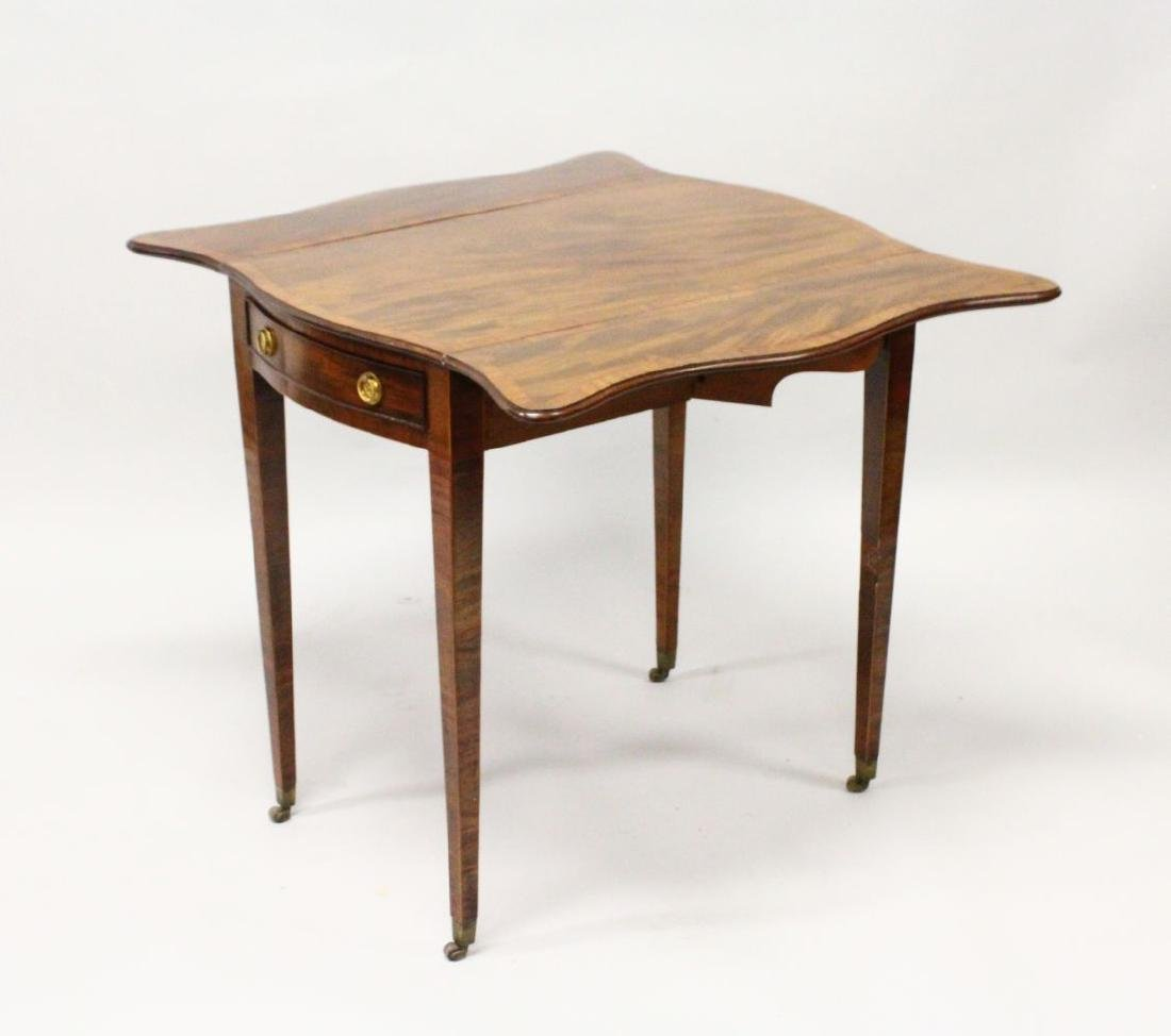 "A GOOD GEORGE III MAHOGANY ""BUTTERFLY"" PEMBROKE TABLE, - 2"